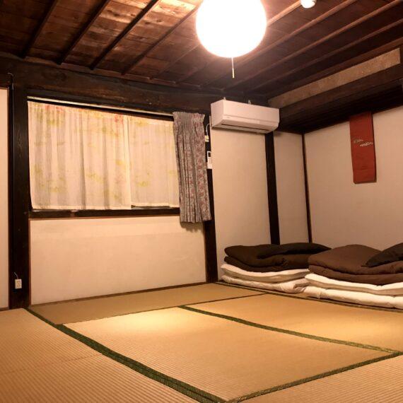 個室2階8畳